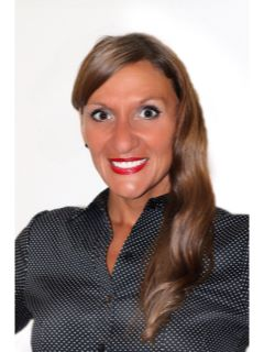 Kari Cabanski of CENTURY 21 Realty Solutions