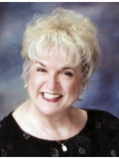Suzanne Simmons