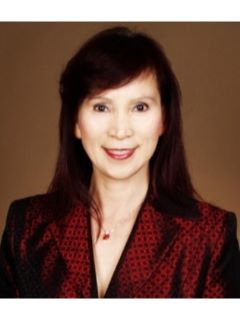 Elina Lee of CENTURY 21 M&M and Associates
