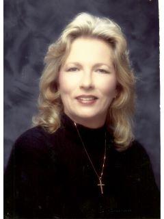 Paula Basquez of CENTURY 21 Award