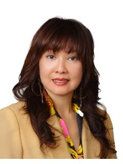 Julie Shin - Real Estate Agent