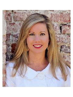 Jessica Herrmann of CENTURY 21 The Hunter Group