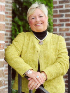Sandra Barnhill of CENTURY 21 Properties Plus