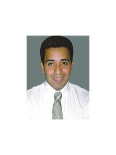 Oscar Carrasco - Real Estate Agent