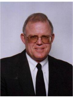 Dennis E LaClair