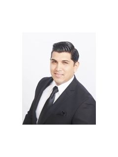 Brian Uribe - Real Estate Agent