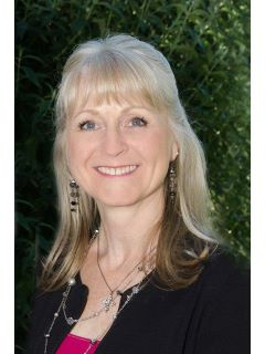 Debra Brett - Real Estate Agent