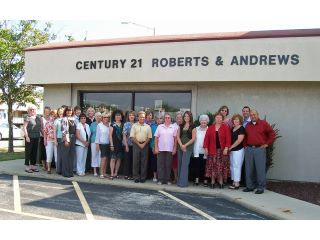 CENTURY 21 Roberts and Andrews