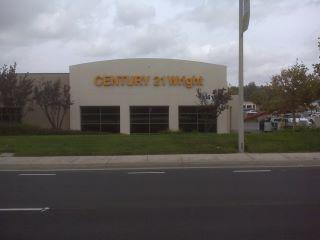 CENTURY 21 Wright
