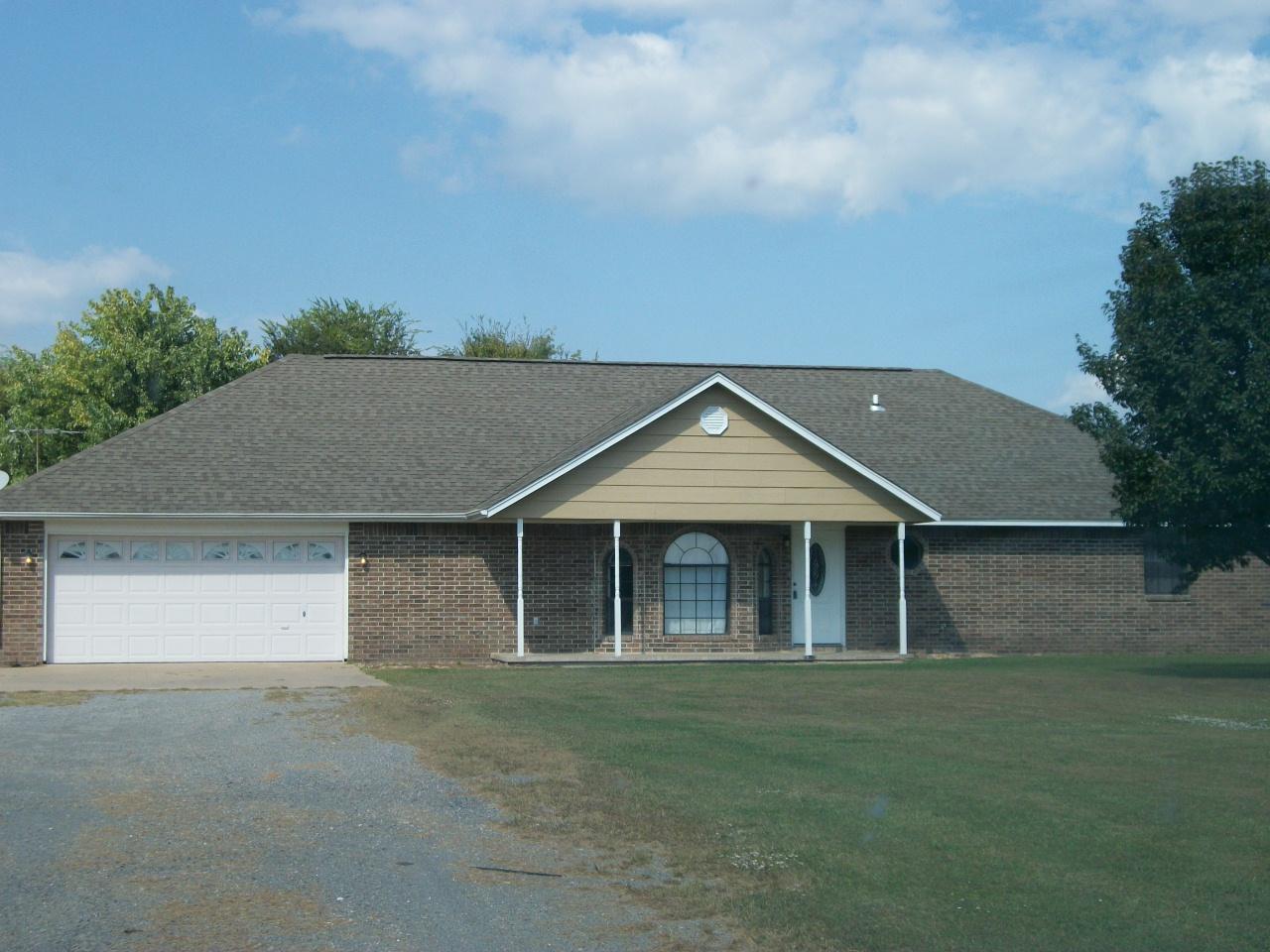 403 Cherry St, Locust Grove, Oklahoma 74352