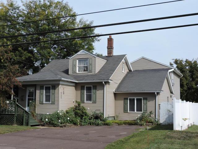 135 Martzville Road, Berwick, Pennsylvania 18603