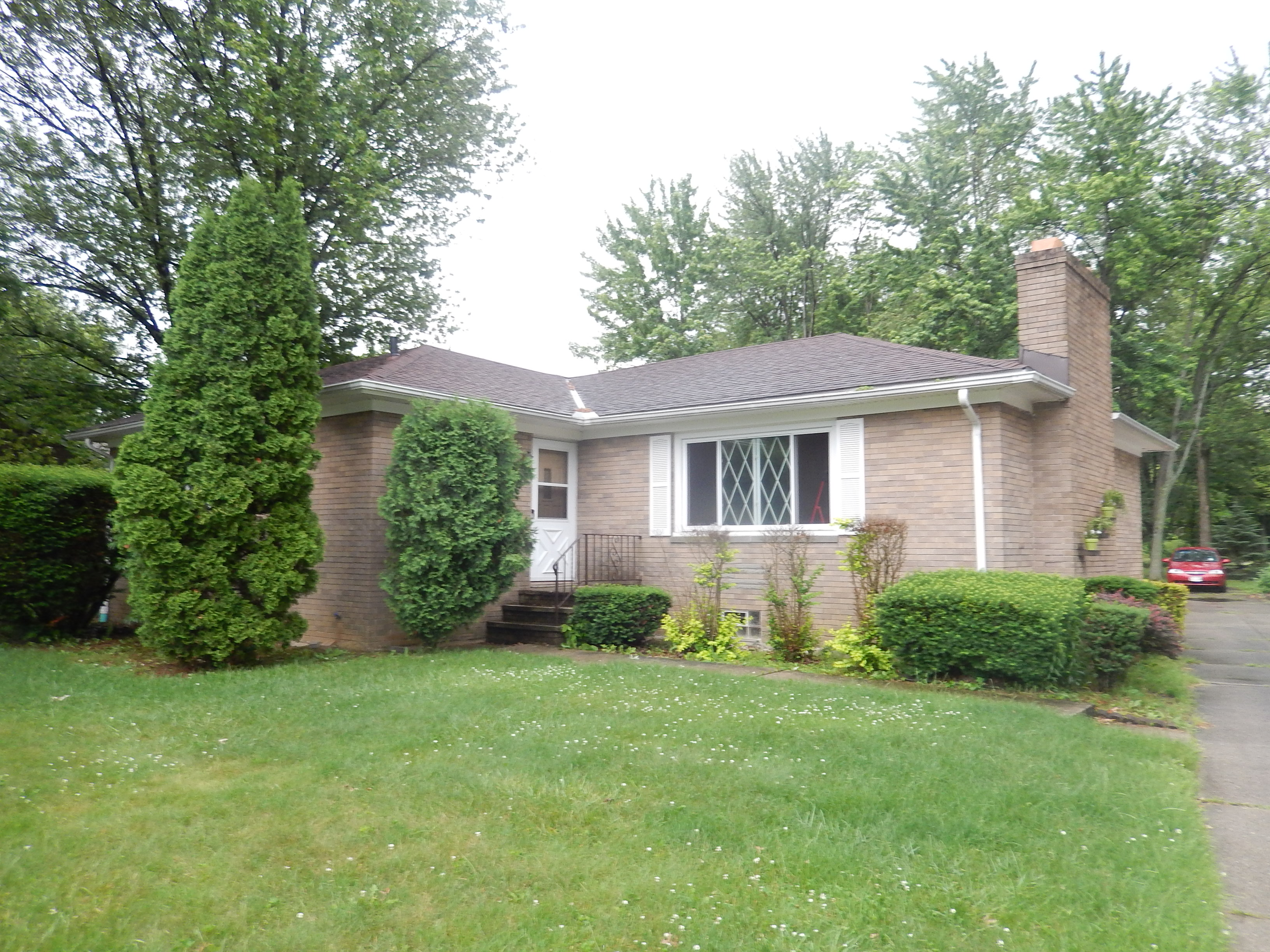 27393 Cook Rd, Olmsted Township, OH 44138