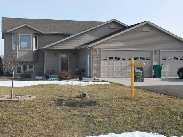 6309 Copper Ridge Lane, Bismarck, North Dakota 58504