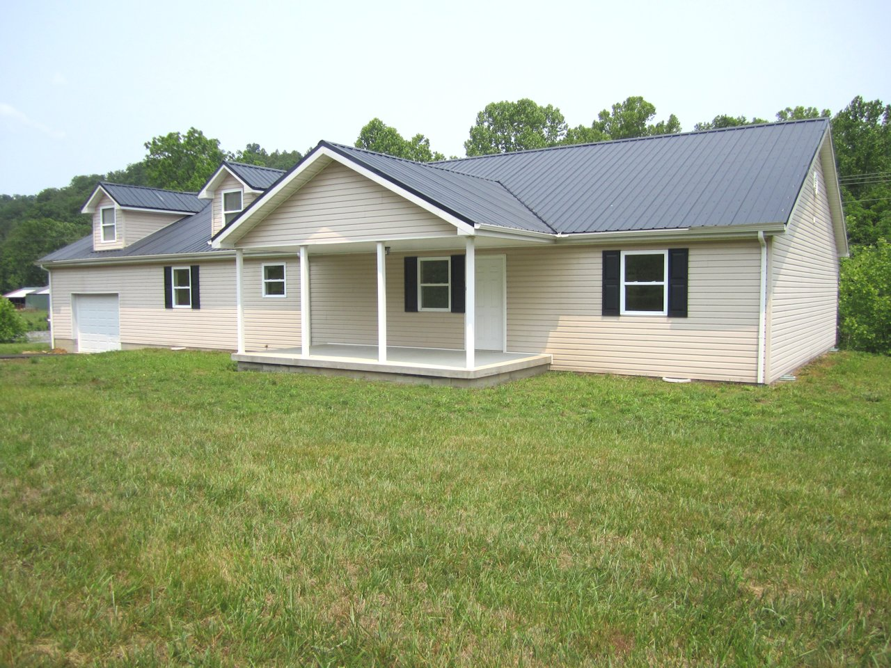 13008 N State Highway 9, Grayson, KY 41143