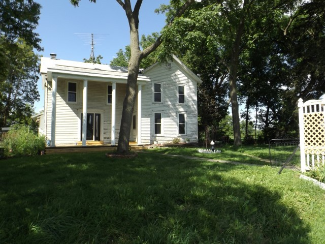 5510 County Road D, South Wayne, Wisconsin 53587