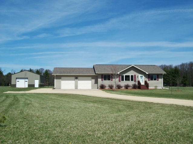 25032 Atwood Ave, Warrens, Wisconsin 54666