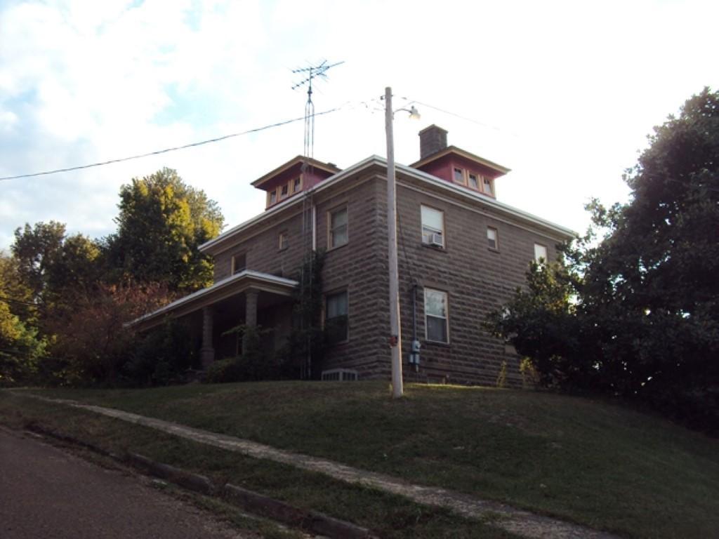100 Carroll St, Hickman, Kentucky 42050