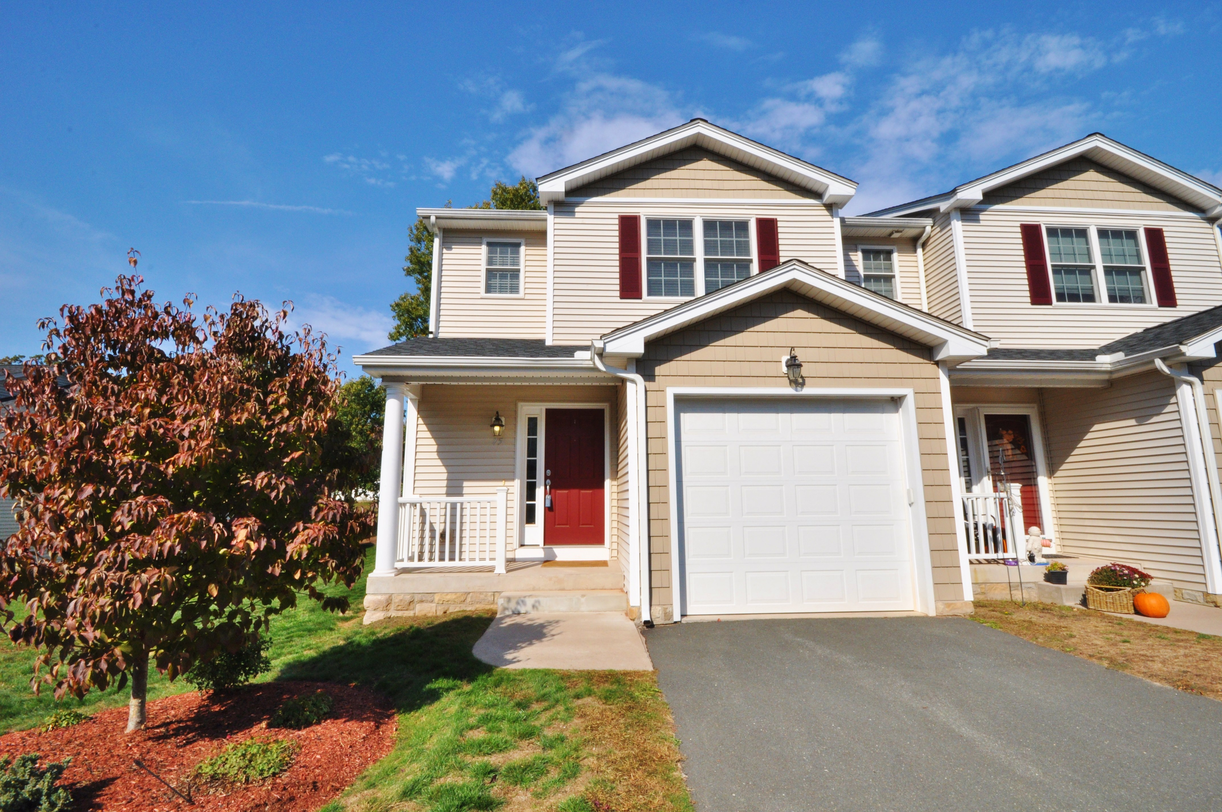 75 Gianna Dr #75, Manchester, CT 06042