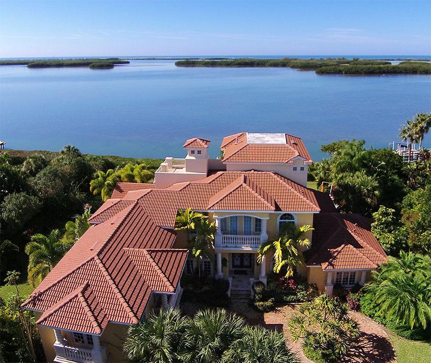 2029 Oceanview Dr, Tierra Verde, Florida 33715