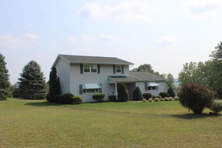 5 Dove Lane, Millville, Pennsylvania 17846