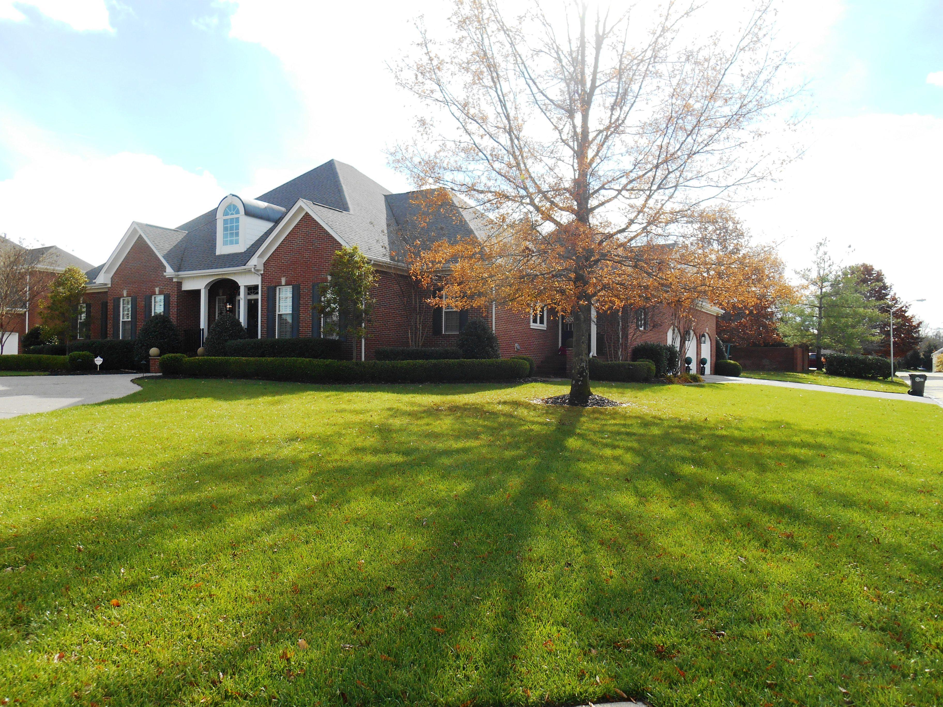 6464 Barberry Dr, Paducah, Kentucky 42001