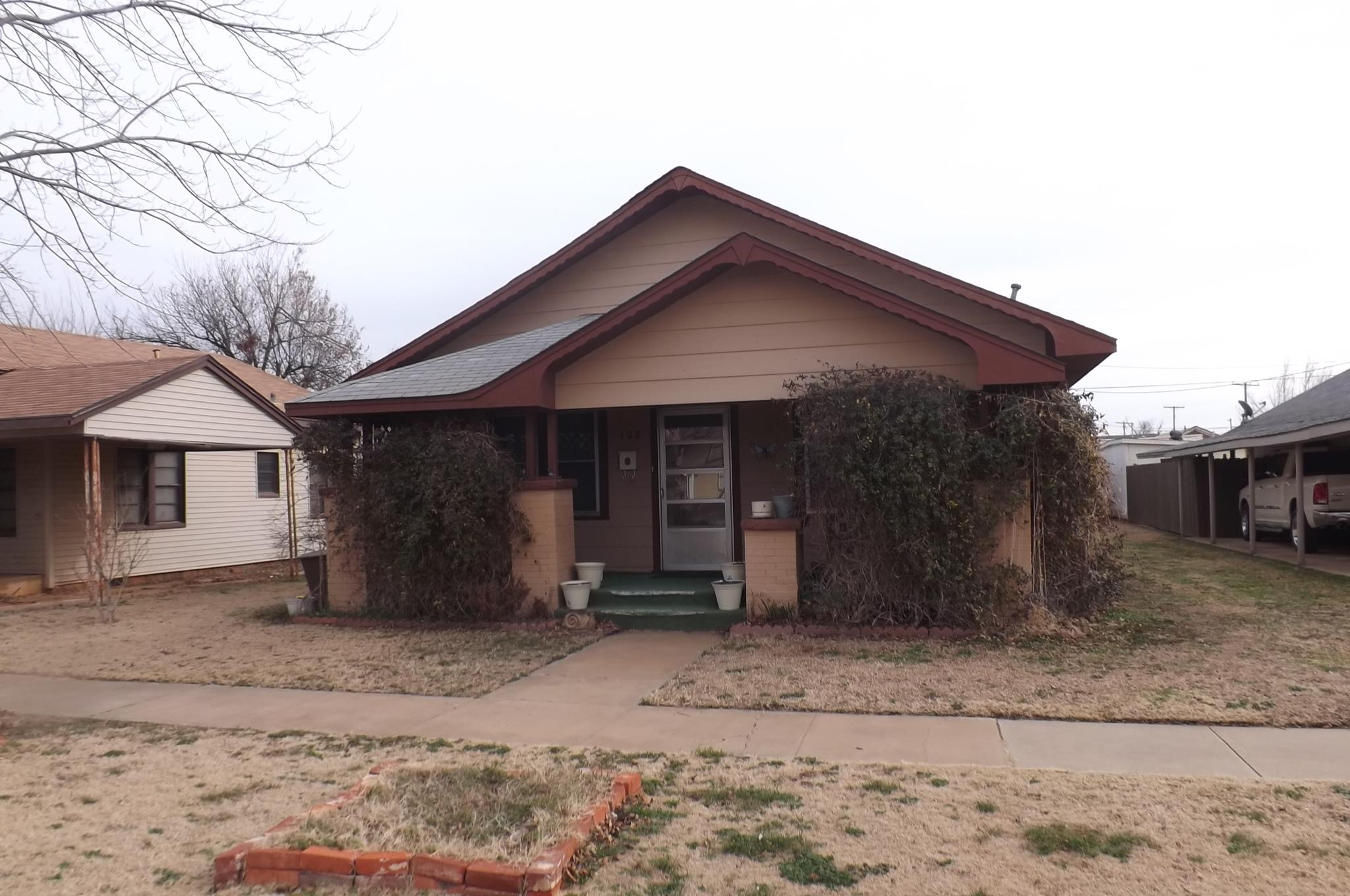 502 N JACKSON, Altus, Oklahoma 73521
