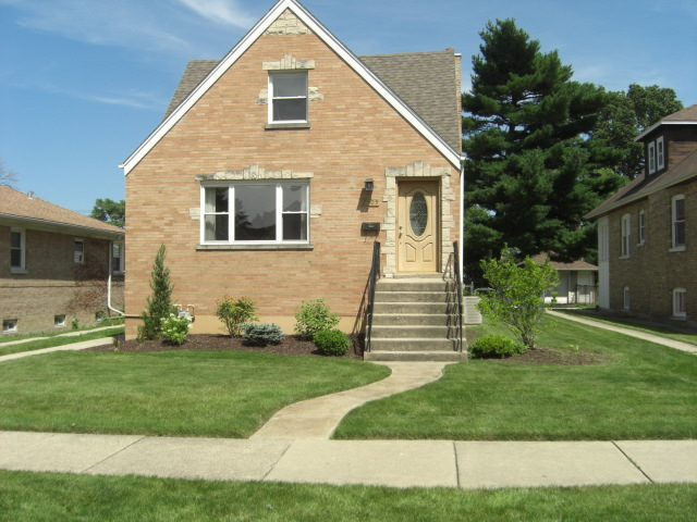 2505 Forest View, River Grove, Illinois 60171