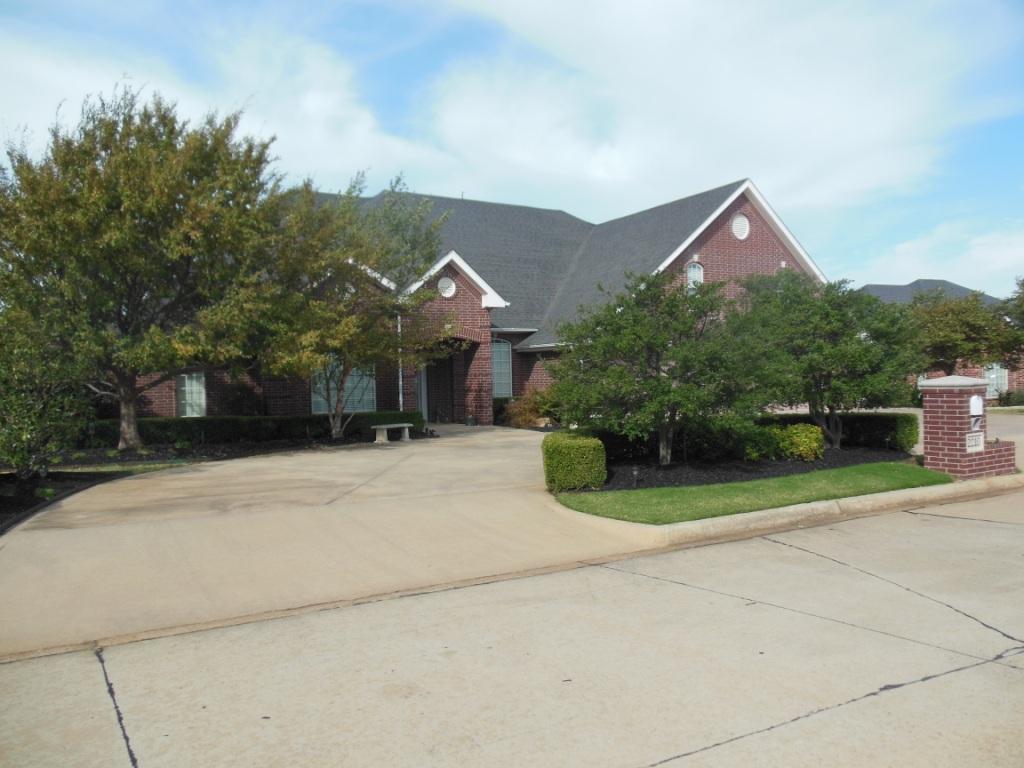 2210 Lakewood, Chickasha, Oklahoma 73018
