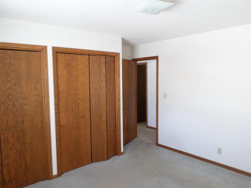 705 W Elm Street, Flandreau, South Dakota 57028