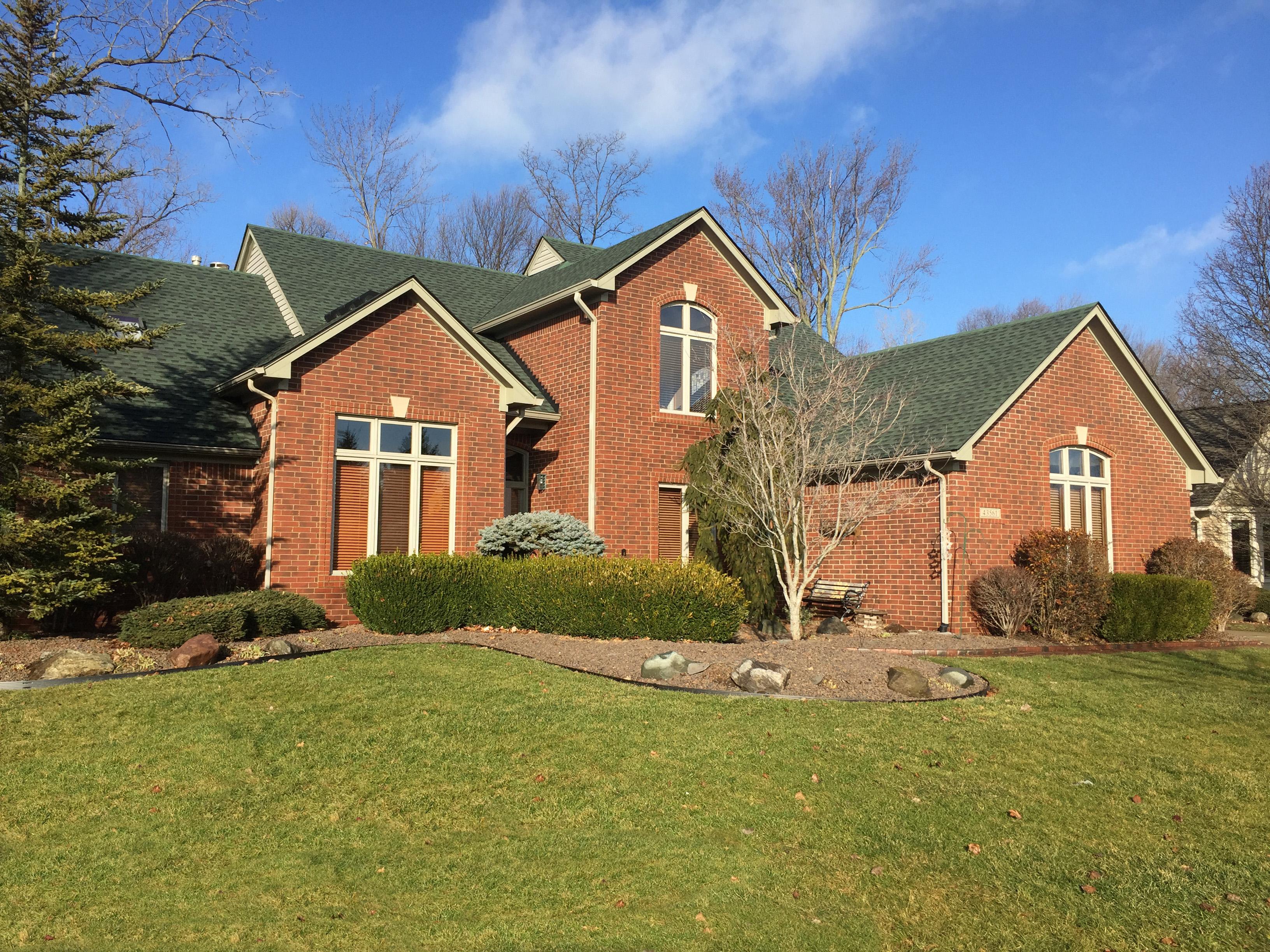 43561 Vintage Oaks, Sterling Heights, Michigan 48314