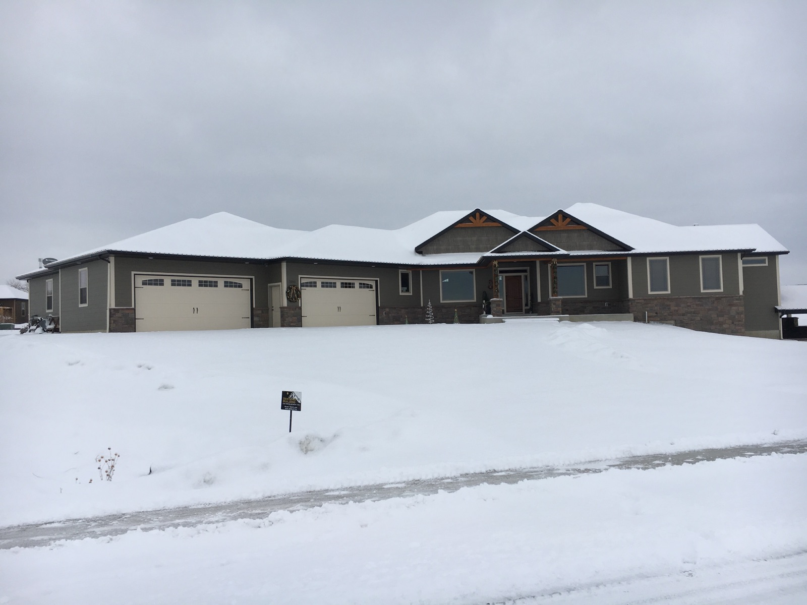 2355 Saddleback, Laurel, Montana 59044