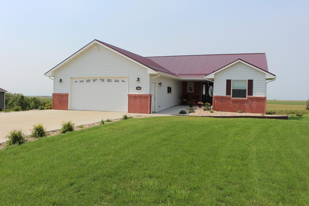 20711 S Moore Road, Desmet, South Dakota 57231