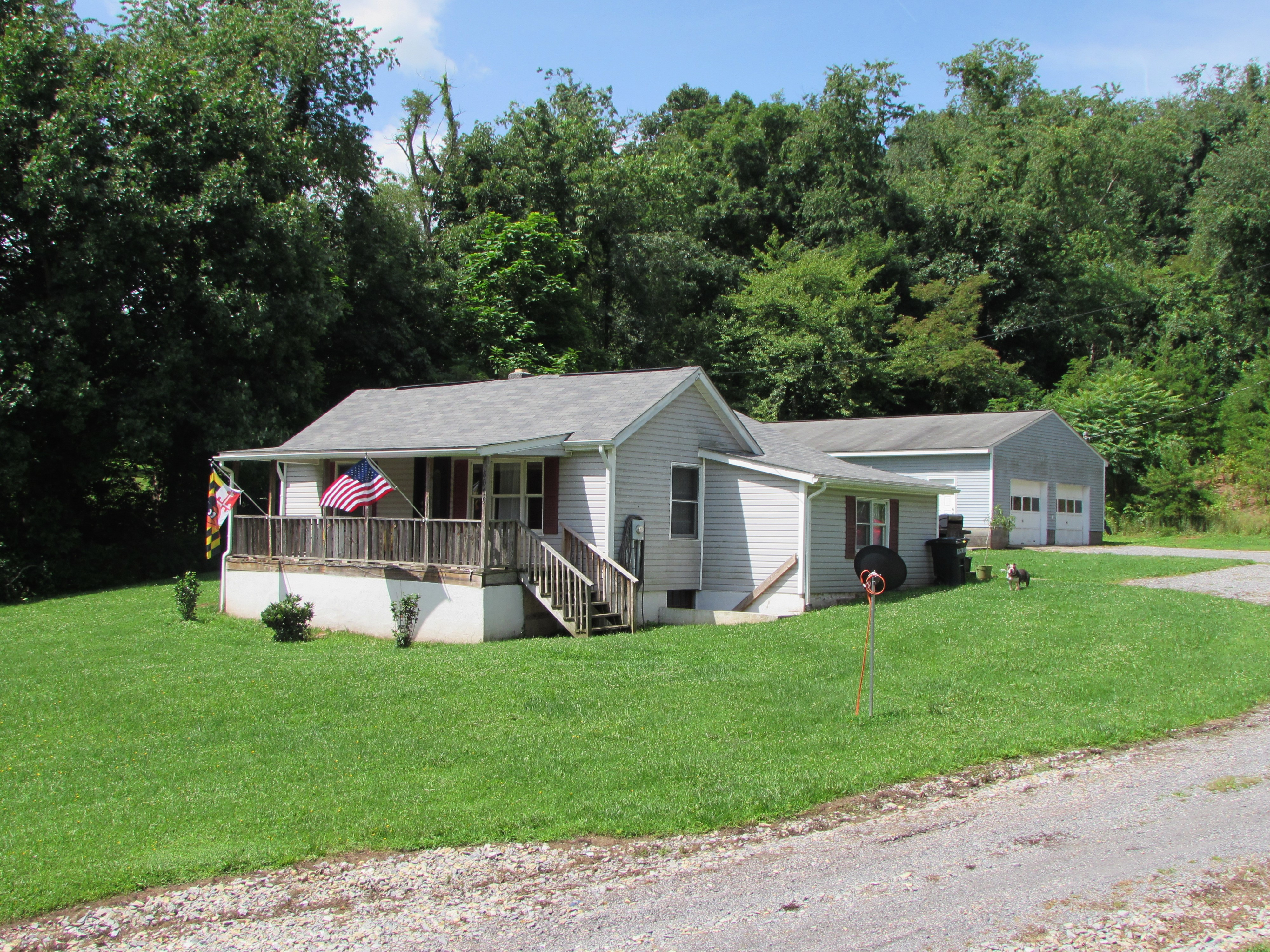 8055 Church Hill Lane, Parrott, Virginia 24132