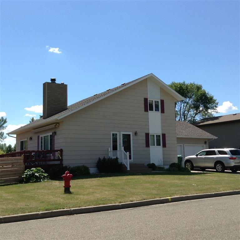 707 W Lincoln Ave, Underwood, ND 58576
