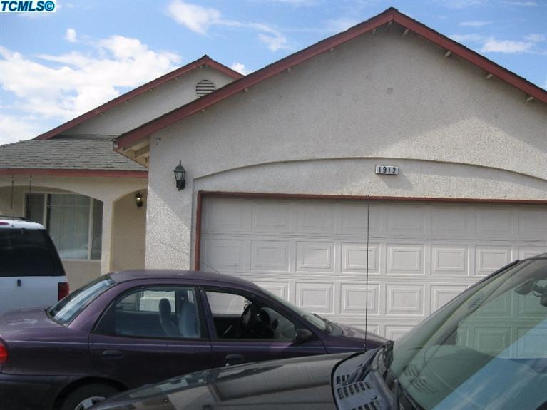 1912 Azalea St, Corcoran, California 93212