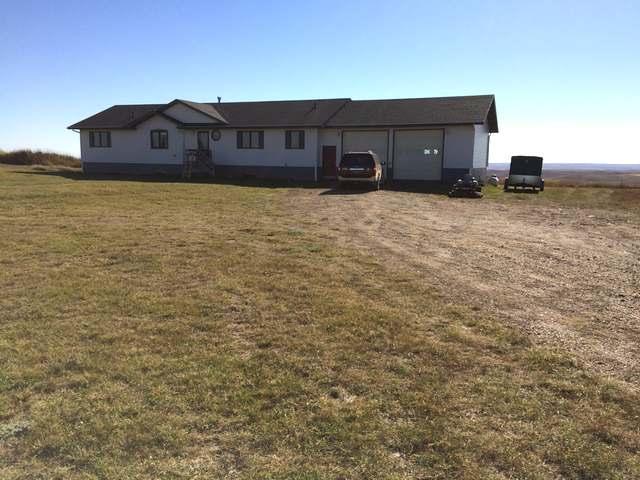 205 3rd Ave , Hettinger, North Dakota 58639