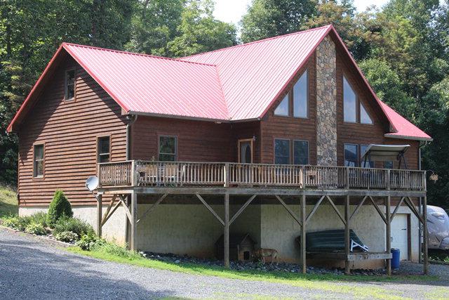 302 Spring Mountain Trail, Lansing, North Carolina 28643
