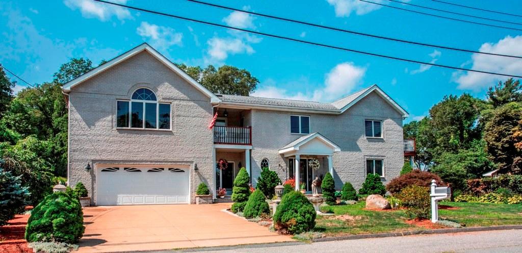 873 Tradewind St, New Bedford, Massachusetts 02740
