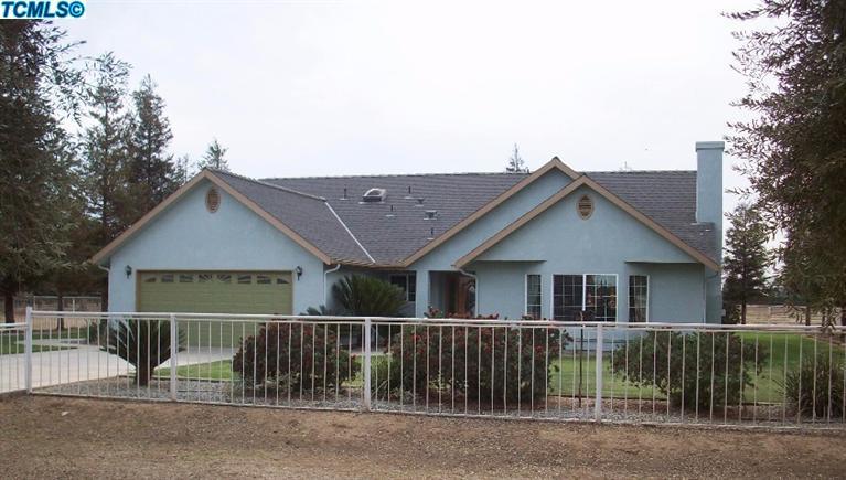 20175 Avenue 244, Lindsay, CA 93247