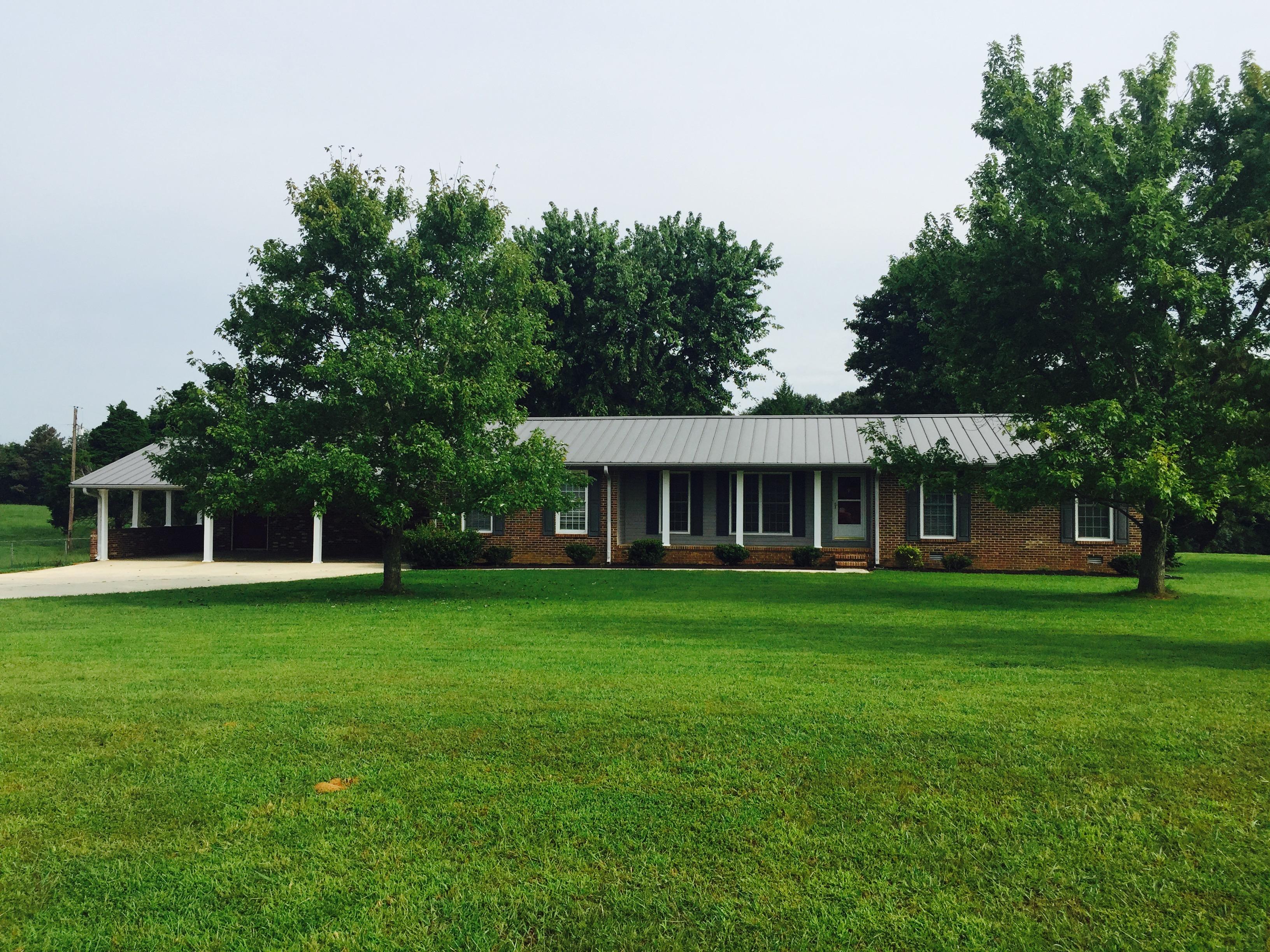 15291 Section Line Road, Elkmont, Alabama 35620