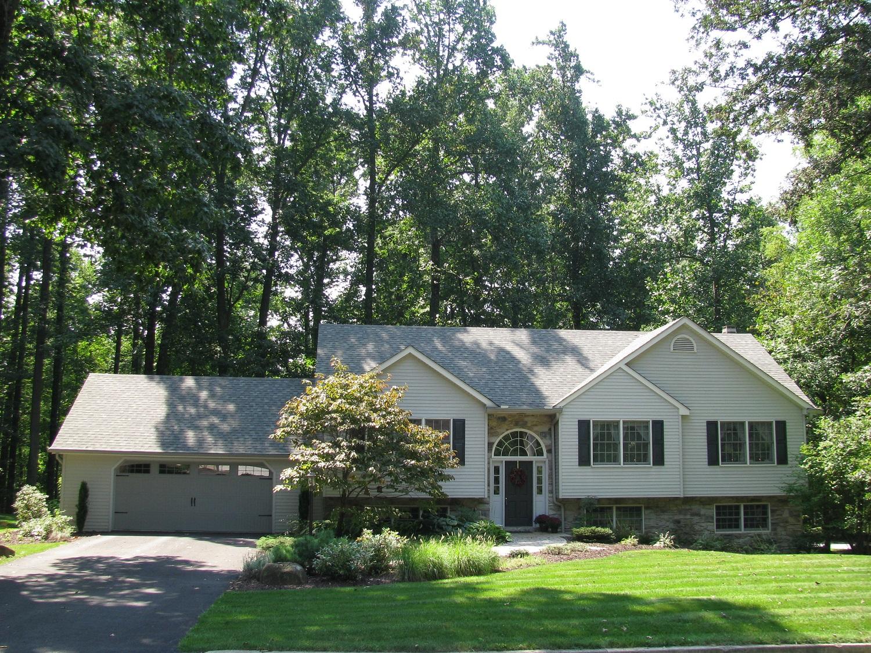 5 Maple Drive, Etters, Pennsylvania 17319