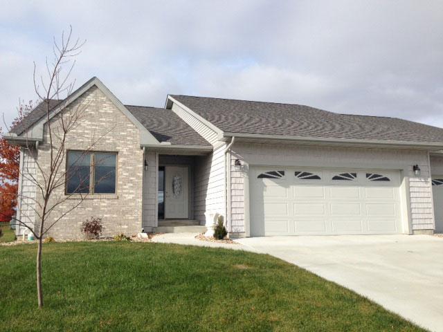 1145 Hawthorn Ridge, Macomb, Illinois 61455