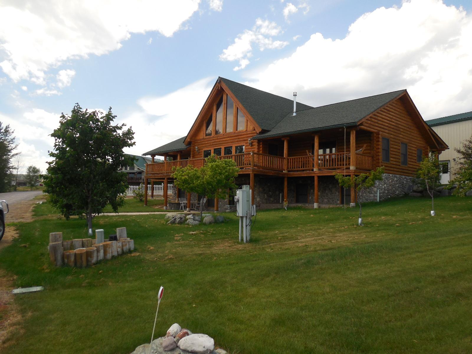 46704 Spinnaker Drive, Elmo, Montana 59915