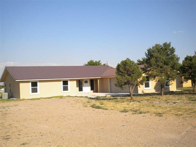 4707 Thunderbird Rd, Roswell, NM 88201