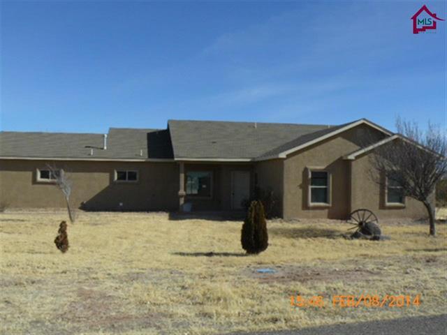 120 Edgewater, Hatch, New Mexico 87937