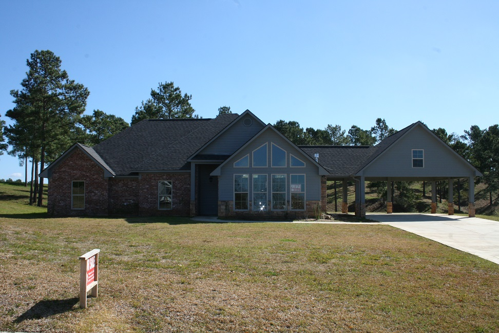 285 Cypress Village Drive, Many, Louisiana 71449