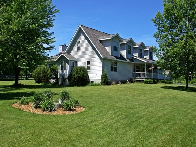 12093 Roberta Ln, Marshfield, Wisconsin 54449