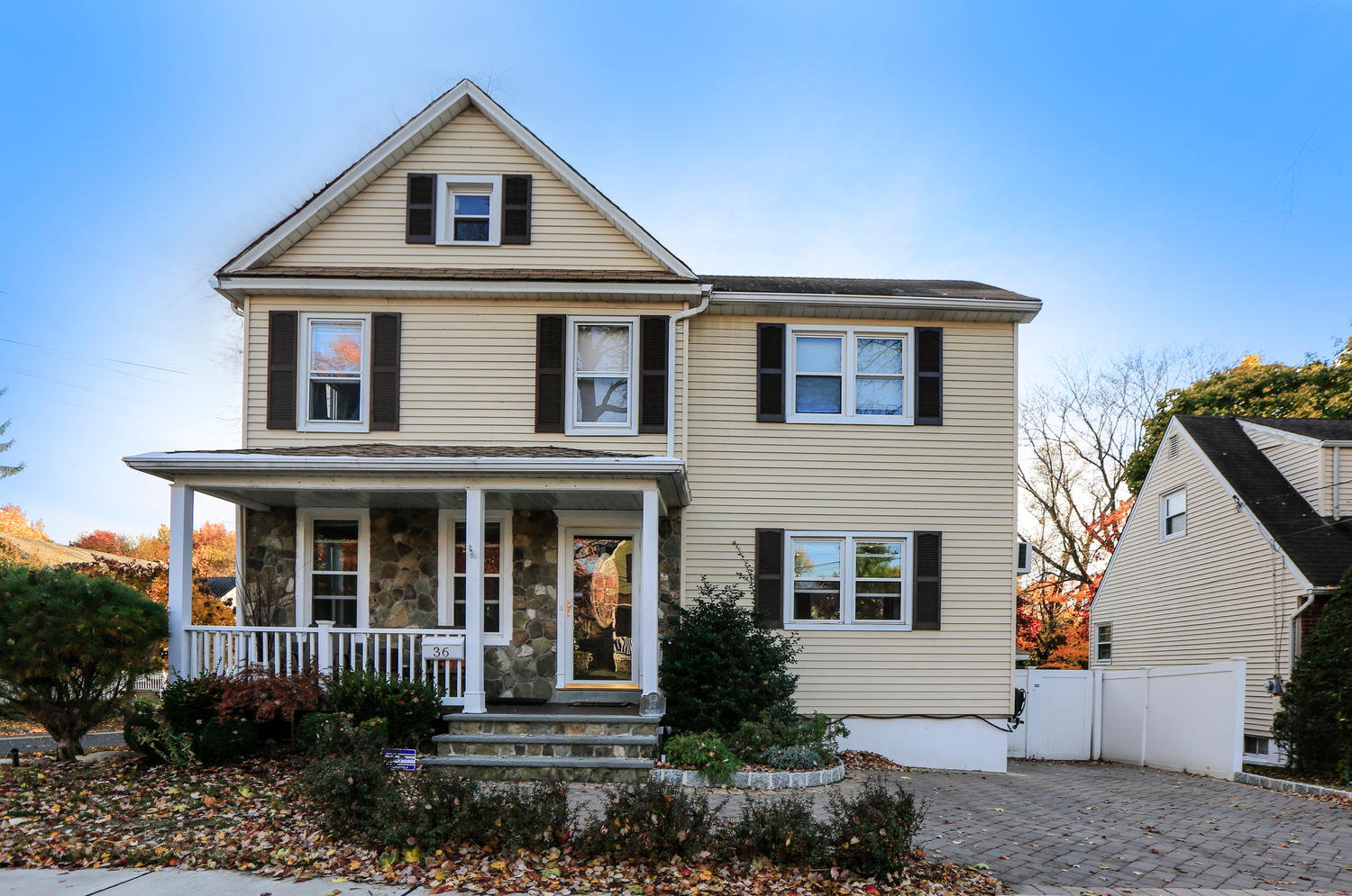 36 Pleasant Ave, Bergenfield, New Jersey 07621