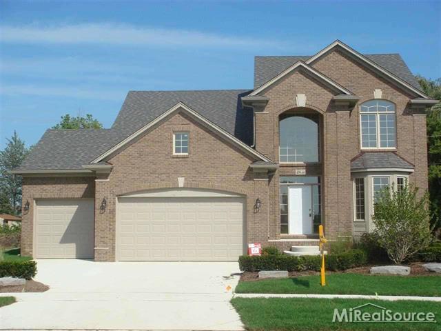5181 Trailwood Lane, Warren, Michigan 48092