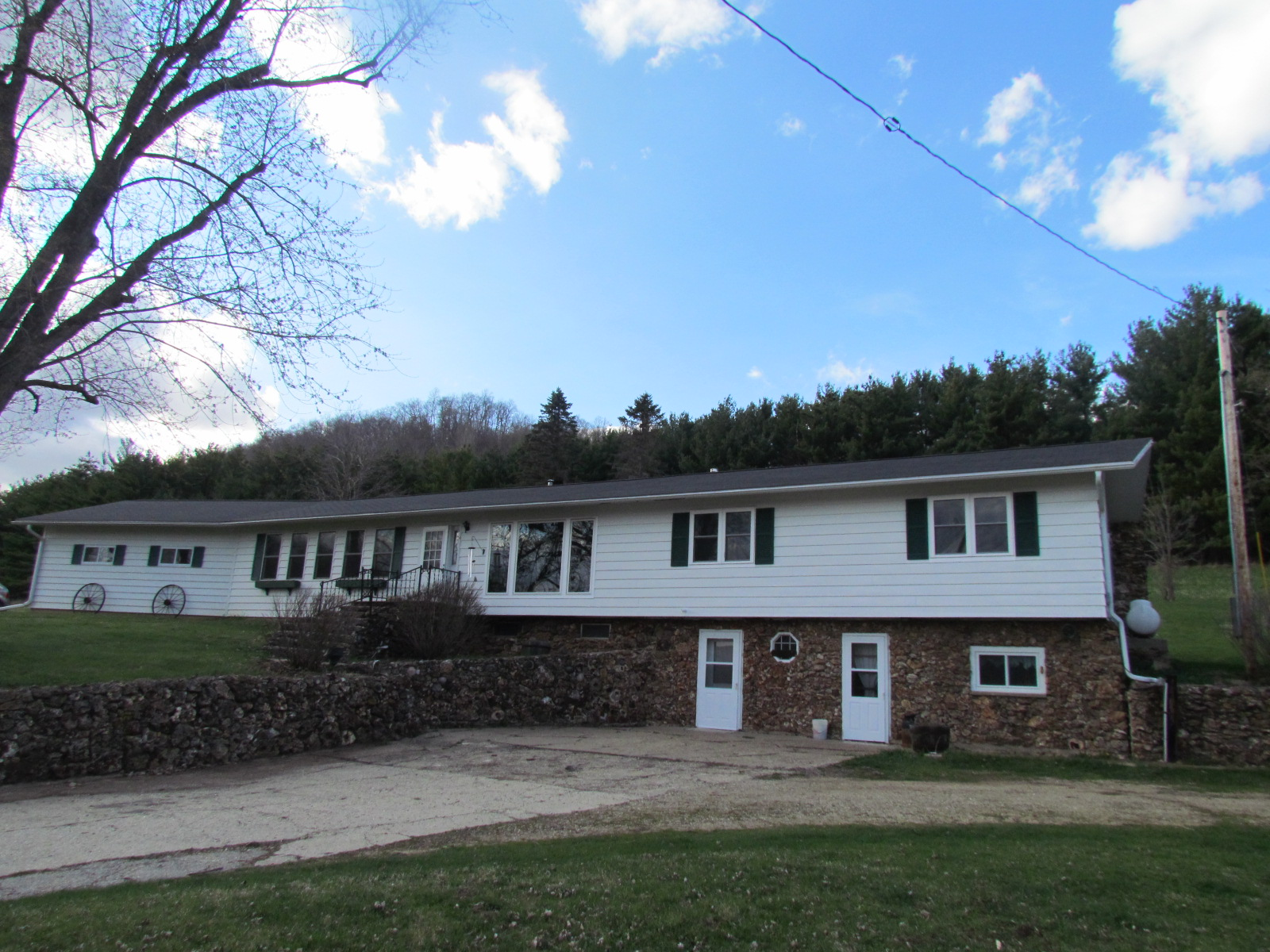13450 County Rd D, Lafarge, Wisconsin 54639